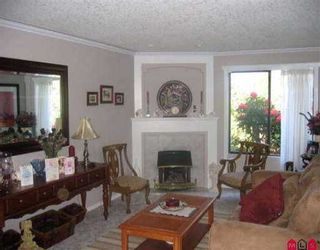 """Photo 2: 2 32917 AMICUS PL in Abbotsford: Central Abbotsford Townhouse for sale in """"Pinegrove"""" : MLS®# F2611361"""