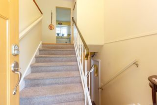 Photo 3: 2076 Piercy Ave in : Si Sidney North-East House for sale (Sidney)  : MLS®# 850852