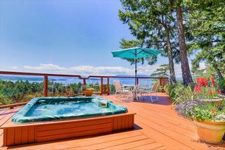 Photo 10: 5802 Pirates Rd in Pender Island: GI Pender Island House for sale (Gulf Islands)  : MLS®# 844907