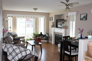 Photo 3: 406 6th Avenue West in Meadow Lake: Residential for sale : MLS®# SK856706