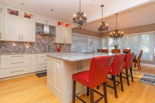 Photo 12: 903 Deal St in : OB South Oak Bay House for sale (Oak Bay)  : MLS®# 853895