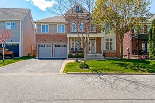 Main Photo: 16 Vanguard Drive in Whitby: Brooklin House (2-Storey) for sale : MLS®# E5357352
