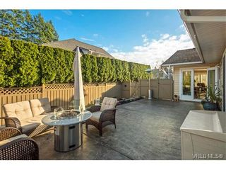 Photo 9: 2002 Corniche Pl in VICTORIA: SE Gordon Head House for sale (Saanich East)  : MLS®# 751432