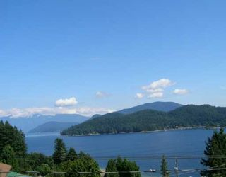 """Photo 1: 496 CENTRAL Avenue in Gibsons: Gibsons & Area House for sale in """"GRANTHAMS LANDING"""" (Sunshine Coast)  : MLS®# V622835"""
