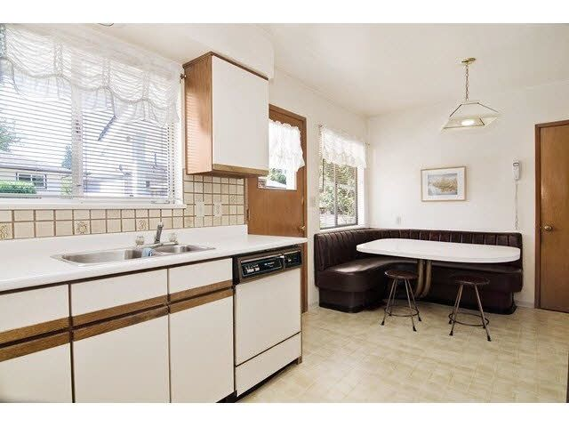 Photo 13: Photos: 1672 HARBOUR Drive in Coquitlam: Harbour Place House for sale : MLS®# R2146452