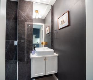 """Photo 13: 2496 ST. CATHERINES Street in Vancouver: Mount Pleasant VE Townhouse for sale in """"BRAVO ON BROADWAY"""" (Vancouver East)  : MLS®# R2452181"""