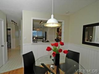 Photo 5: 9 10145 Third St in SIDNEY: Si Sidney North-East Row/Townhouse for sale (Sidney)  : MLS®# 534132