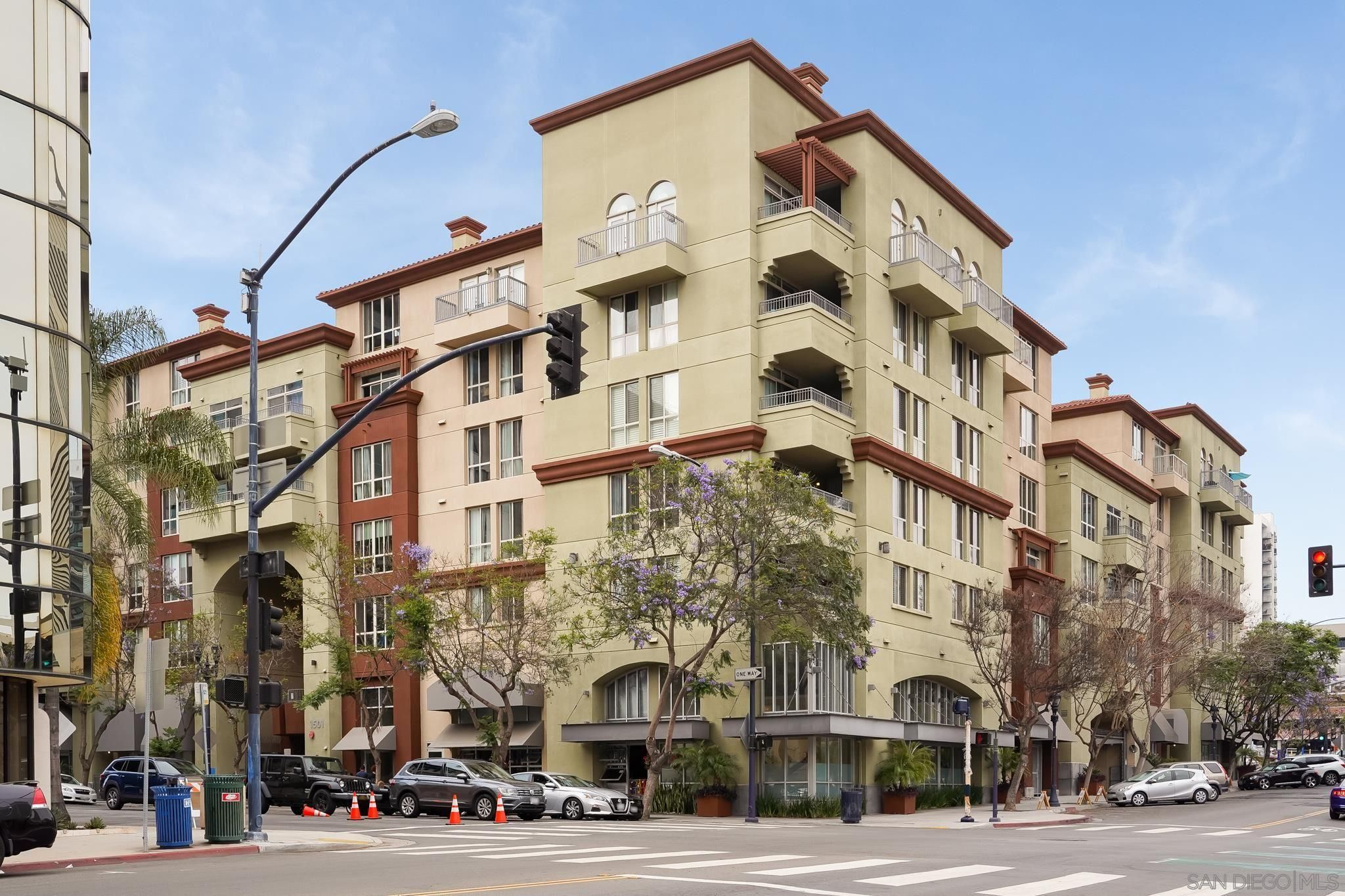Main Photo: DOWNTOWN Condo for sale : 2 bedrooms : 1501 Front St #309 in San Diego