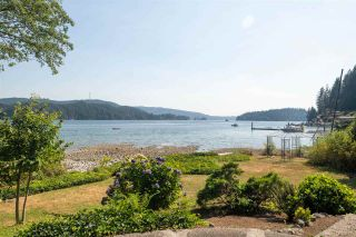 Photo 3: 5429 INDIAN RIVER Drive in North Vancouver: Woodlands-Sunshine-Cascade House for sale : MLS®# R2515076