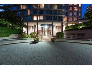 """Photo 2: 508 1009 EXPO Boulevard in Vancouver: Yaletown Condo for sale in """"Landmark 33"""" (Vancouver West)  : MLS®# R2022624"""