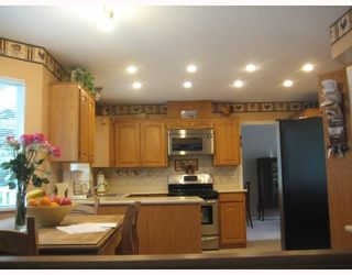 Photo 2: 1938 ARROYO Court in North_Vancouver: Blueridge NV House for sale (North Vancouver)  : MLS®# V754139