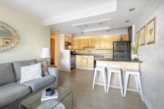 """Photo 4: 101 1990 W 6TH Avenue in Vancouver: Kitsilano Condo for sale in """"Mapleview Place"""" (Vancouver West)  : MLS®# R2625345"""