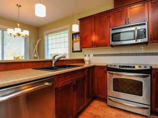 Photo 12: 12 2112 CUMBERLAND ROAD in COURTENAY: CV Courtenay City Row/Townhouse for sale (Comox Valley)  : MLS®# 781680