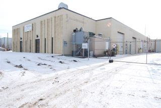 Photo 3: 7716 67 Street NW in Edmonton: Zone 41 Industrial for sale : MLS®# E4230649