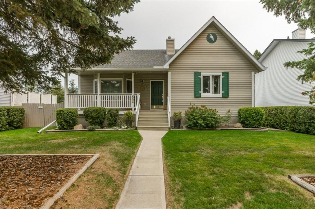 Main Photo: 306 Royal Avenue NW: Turner Valley Detached for sale : MLS®# A1145250
