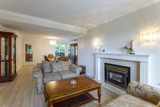 Photo 5: 1309 CAMELLIA Court in Port Moody: Mountain Meadows House for sale : MLS®# R2491100
