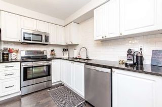Photo 4: 17 Graham Court in Whitby: Pringle Creek House (2-Storey) for sale : MLS®# E4443995