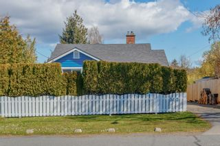 Photo 3: 212 Obed Ave in : SW Gorge House for sale (Saanich West)  : MLS®# 872241