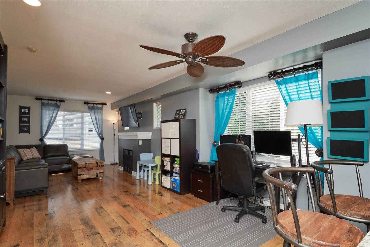 """Photo 3: Photos: 41 15175 62A Avenue in Surrey: Sullivan Station Townhouse for sale in """"Brooklands"""" : MLS®# R2310121"""