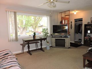 Photo 11: 1917 St Charles Avenue in Saskatoon: Exhibition Residential for sale : MLS®# SK873625