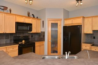 Photo 15: 121 EVERWOODS Court SW in Calgary: Evergreen Detached for sale : MLS®# C4306108