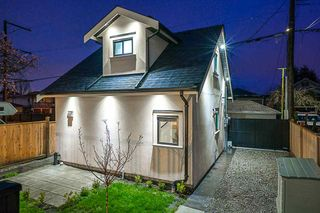 Photo 2: 6193 BEATRICE Street in Vancouver: Killarney VE House for sale (Vancouver East)  : MLS®# R2255355
