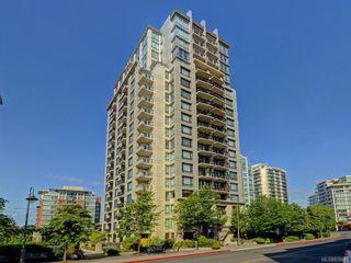 Photo 1: 601 751 Fairfield Rd in Victoria: Vi Downtown Condo for sale : MLS®# 838043