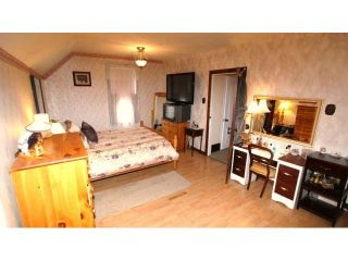 Photo 17: 495 Camden Place in Winnipeg: Residential for sale