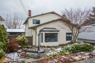 Photo 1: 32962 11TH Avenue in Mission: Mission BC House for sale : MLS®# R2144247