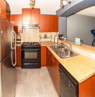 """Photo 7: 411 9233 GOVERNMENT Street in Burnaby: Government Road Condo for sale in """"Sandlewood By Polygon"""" (Burnaby North)  : MLS®# R2593330"""