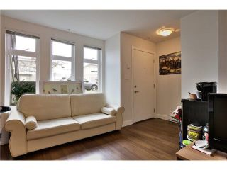 """Photo 4: 106 5568 KINGS Road in Vancouver: University VW Townhouse for sale in """"GALLERIA"""" (Vancouver West)  : MLS®# V1109797"""