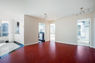 """Photo 5: 703 328 CLARKSON Street in New Westminster: Downtown NW Condo for sale in """"Highbourne Tower"""" : MLS®# R2585007"""