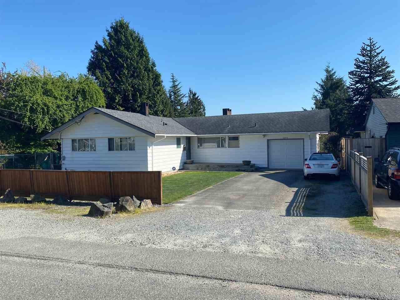 Main Photo: 32978 5 Avenue in Mission: Mission BC House for sale : MLS®# R2570657
