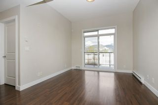 """Photo 2: 412 46150 BOLE Avenue in Chilliwack: Chilliwack N Yale-Well Condo for sale in """"THE NEWMARK"""" : MLS®# R2321393"""