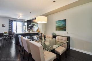 "Photo 3: 8482 KERR Street in Vancouver: Champlain Heights Townhouse for sale in ""RIVER WALK TOWNHOMES"" (Vancouver East)  : MLS®# R2164000"