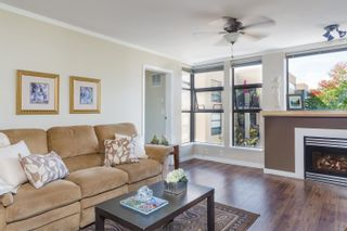 """Photo 3: 408 305 LONSDALE Avenue in North Vancouver: Lower Lonsdale Condo for sale in """"THE MET"""" : MLS®# R2615053"""