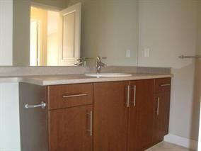 "Photo 7: 415 12238 224 Street in Maple Ridge: East Central Condo for sale in ""Urbano"" : MLS®# R2158877"