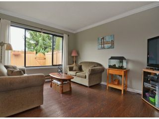 "Photo 3: 271 27411 28TH Avenue in Langley: Aldergrove Langley Townhouse for sale in ""Alderview"" : MLS®# F1305689"