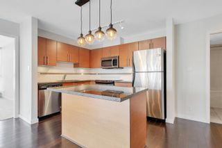 """Photo 4: 1906 5611 GORING Street in Burnaby: Central BN Condo for sale in """"Legacy"""" (Burnaby North)  : MLS®# R2621249"""