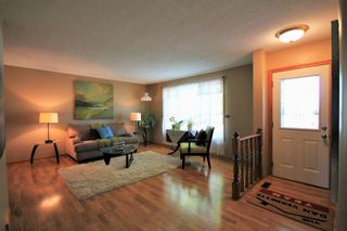 Photo 2: 136 Grassie Boulevard in Winnipeg: Residential for sale (3H)  : MLS®# 1927034