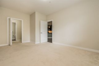 "Photo 12: 302 33898 PINE Street in Abbotsford: Central Abbotsford Condo for sale in ""Gallantree"" : MLS®# R2381999"