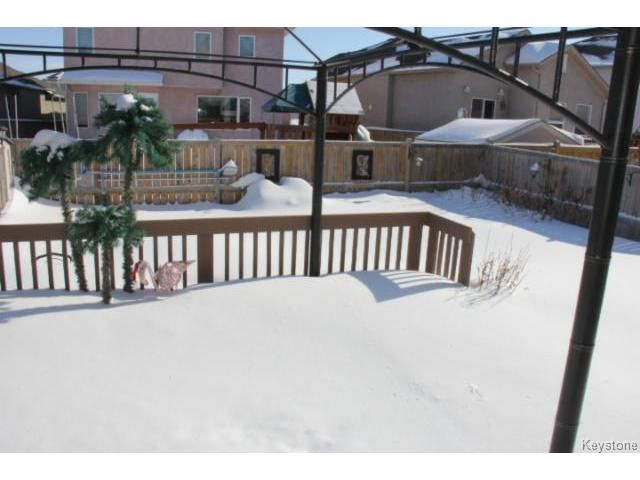 Photo 17: Photos: 100 Harding Crescent in WINNIPEG: St Vital Residential for sale (South East Winnipeg)  : MLS®# 1403083