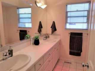 "Photo 30: 10640 ROSEBROOK Road in Richmond: South Arm 1/2 Duplex for sale in ""Montrose Estates"" : MLS®# R2566819"