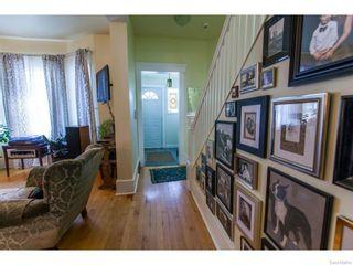 Photo 3: 702 32nd Street West in Saskatoon: Caswell Hill Single Family Dwelling for sale (Saskatoon Area 04)  : MLS®# 612485