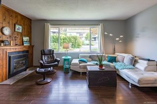 Photo 2: 384 Panorama Cres in : CV Courtenay East House for sale (Comox Valley)  : MLS®# 859396