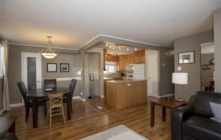 Photo 5: 58 Werrell: Residential  : MLS®# 1505523