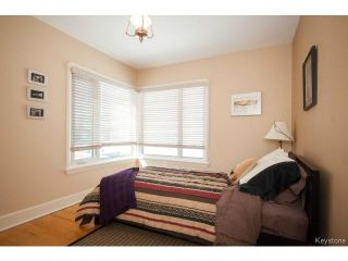 Photo 15: 443 Campbell Street in WINNIPEG: River Heights / Tuxedo / Linden Woods Residential for sale (South Winnipeg)  : MLS®# 1406257