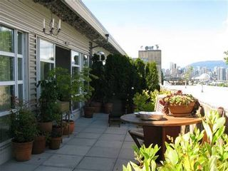 Photo 10: 526 350 2ND Ave E in Vancouver East: Home for sale : MLS®# V910946