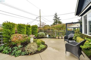 Photo 32: 922 Lawndale Ave in VICTORIA: Vi Fairfield East House for sale (Victoria)  : MLS®# 800501