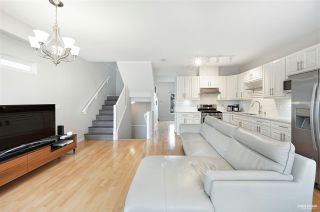 """Main Photo: 5 4711 BLAIR Drive in Richmond: West Cambie Townhouse for sale in """"SOMMERTON"""" : MLS®# R2540804"""